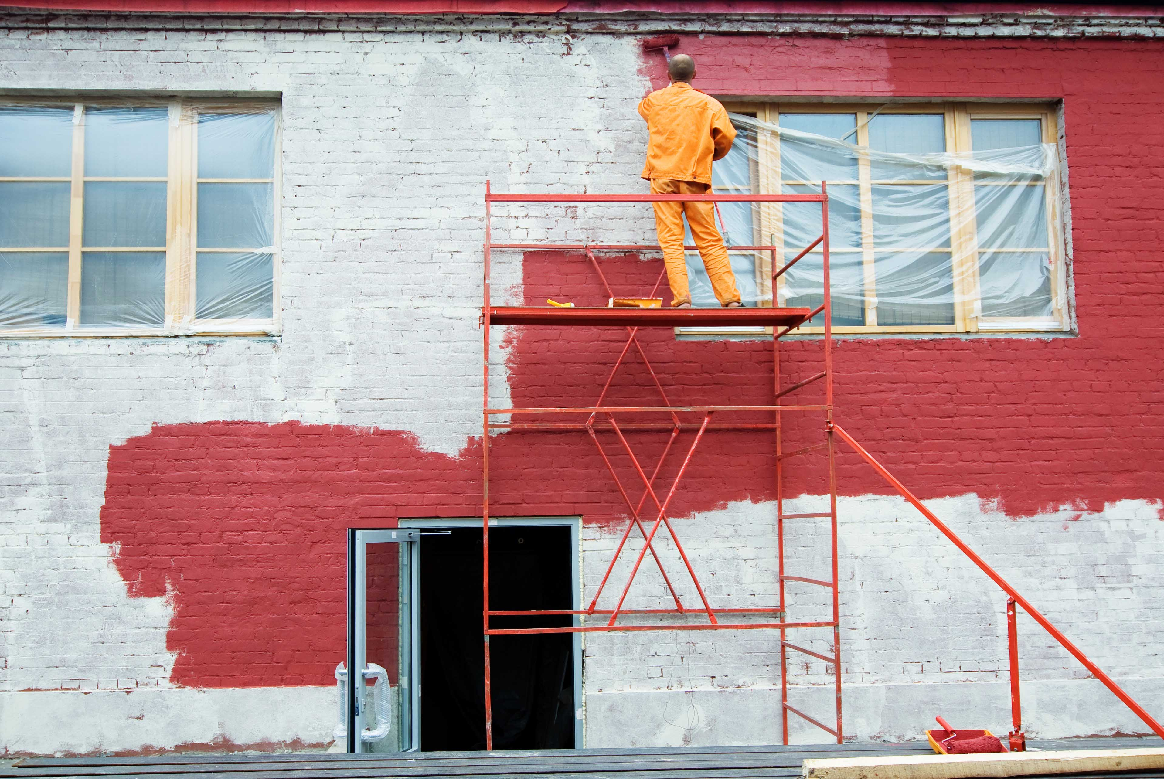 Хто повинен ремонтувати фасад багатоквартирного будинку?