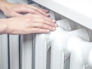 Что делать когда произошло самовольное установление батарей на балконах?